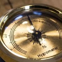 Small hygrometer classic bronze