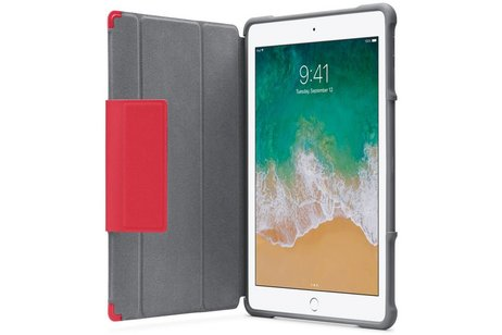 STM Dux™ Rugged Case Rot iPad (2018) / (2017)