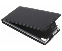 Accezz Flip Case Schwarz für das Sony Xperia L1