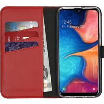 Selencia Echtleder Booktype Hülle Rot für das Samsung Galaxy A20e