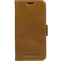 dbramante1928 Copenhagen Book Case Braun für das iPhone 11 Pro