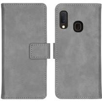 iMoshion Luxus Booktype Hülle in Lederoptik Samsung Galaxy A20e