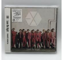 AVEX - EXO (12)Love Me Right Romantic Universe