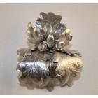 Oakleaf tin