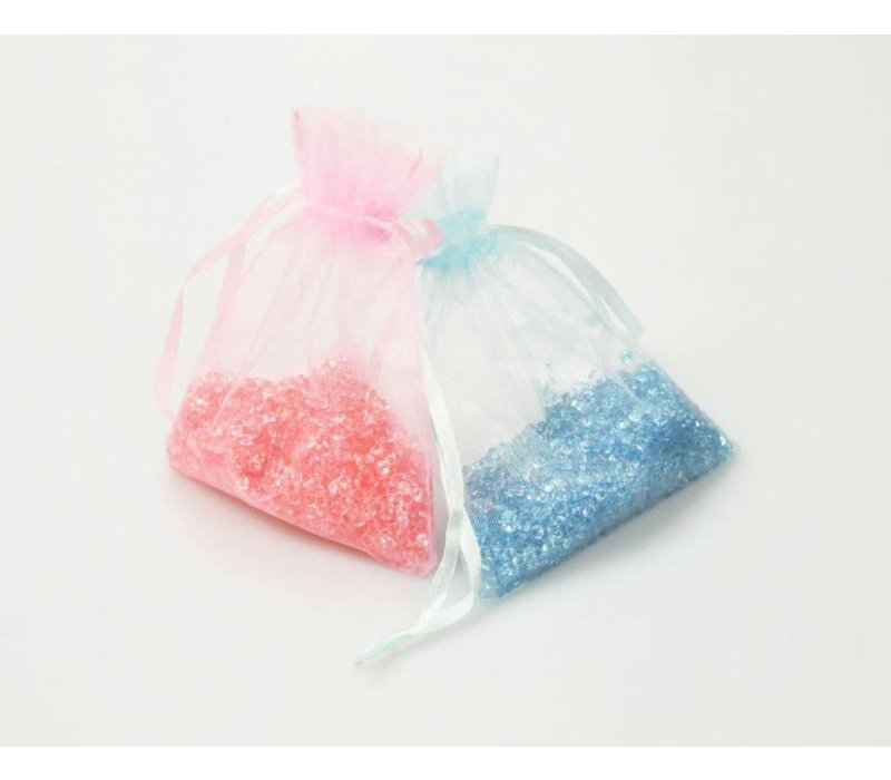 Acrylic litter in organza bags