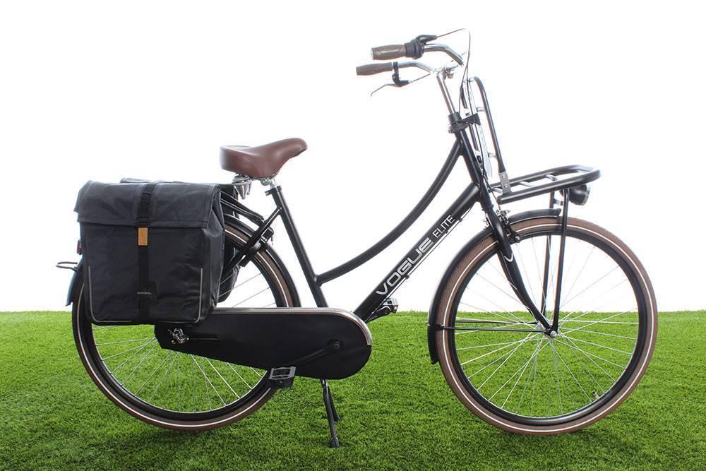 7ecd416fb25 Basil Dubbele fietstas Urban Dry Double bag 50L Solid black ...