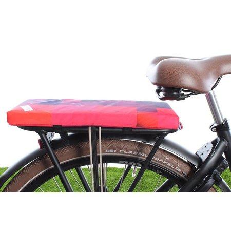 Hooodie Cushie Blocks - zacht en fleurig fietskussentje voor op bagagedrager