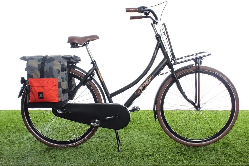 f25864b6844 AGU Dubbele fietstas Urban Trend H2O Roll-top 28L Camo Oranje - waterdicht