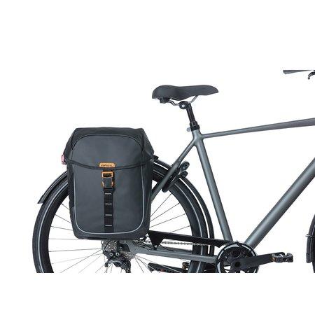 Basil Dubbele fietstas Miles Tarpaulin Double bag 34L Zwart/oranje