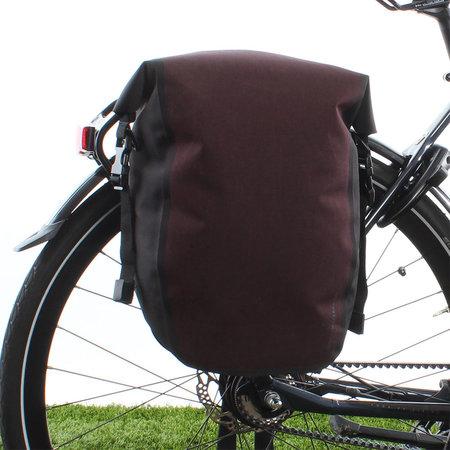 AGU Enkele fietstas Shelter Clean Medium 17L Rood - Waterdicht