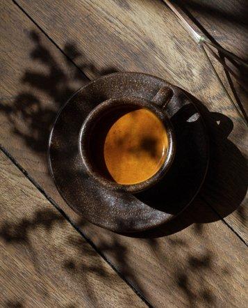 """Zwei Espresso Tassen mit Untertassen """"Kaffeesatz"""""""