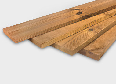Alle thermowood planken