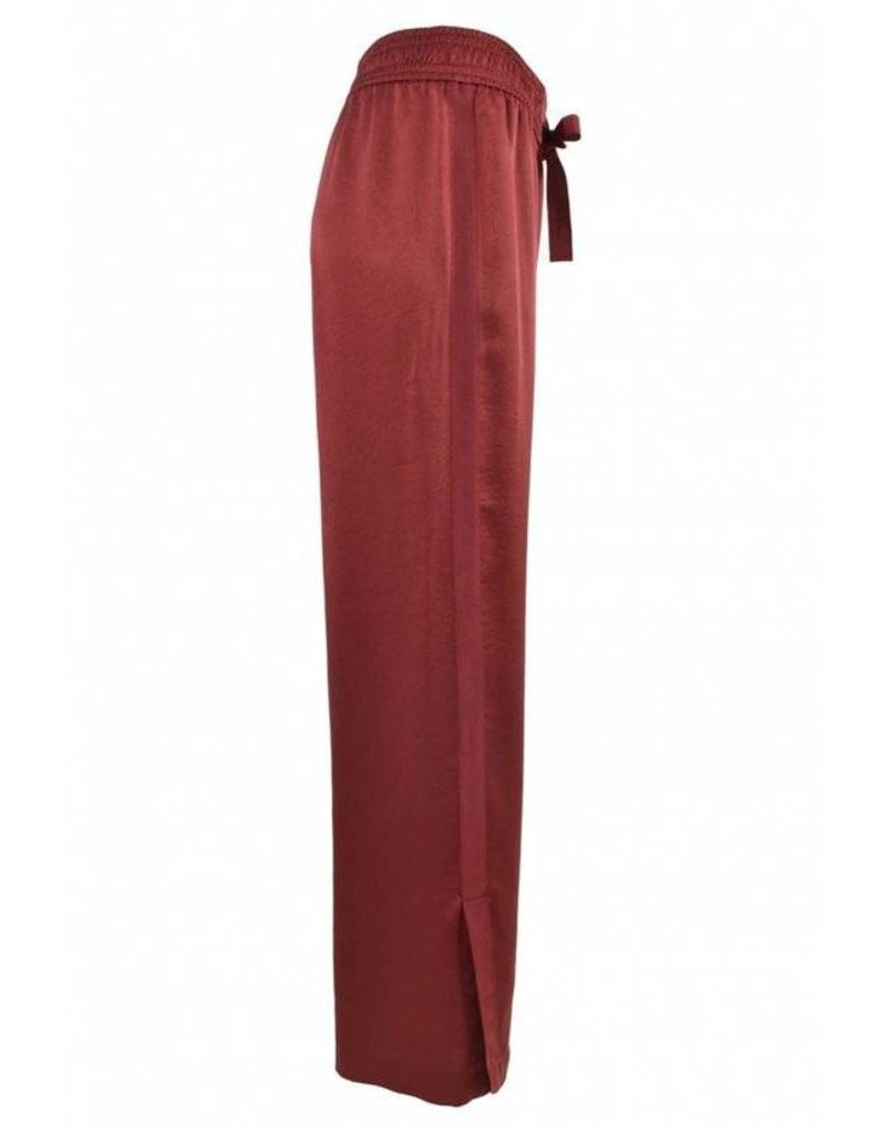 Second Female Trousers Cabernet