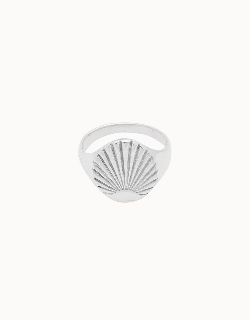 Flawed Flare Ring (Silver/Gold)