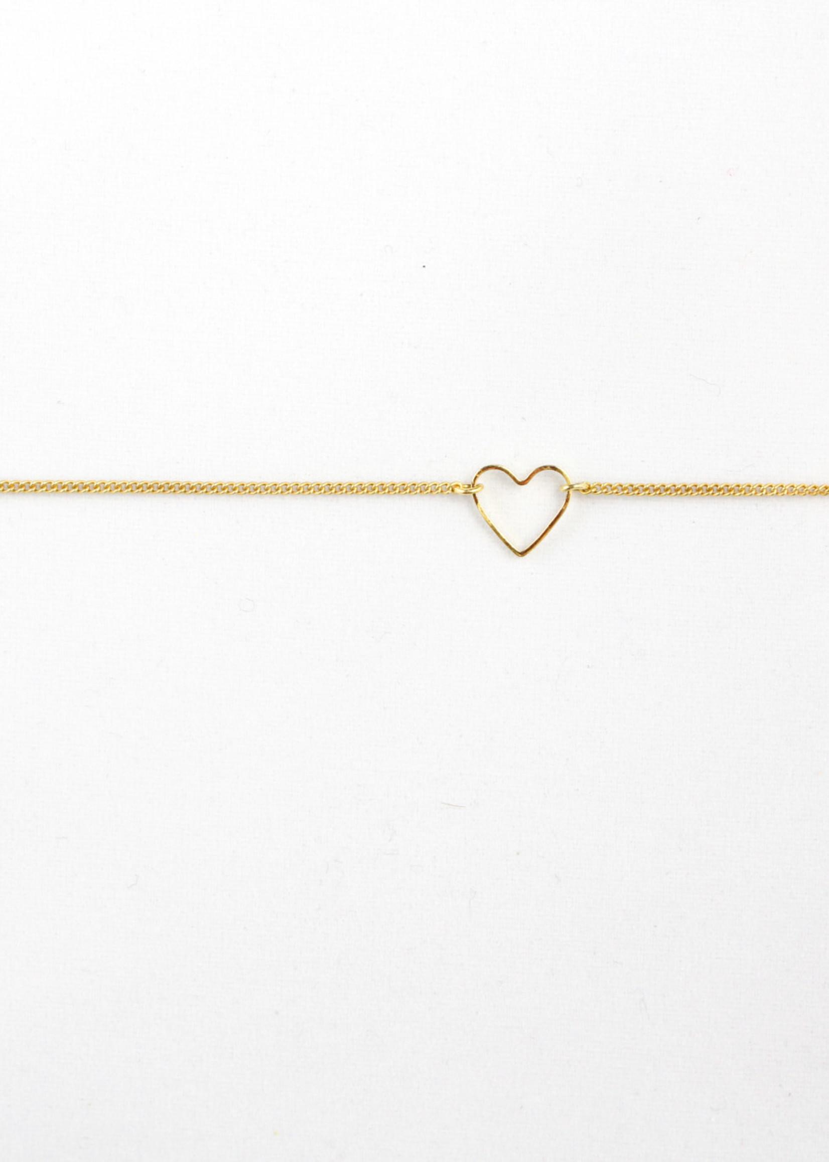 Essyello Open-Heart Bracelet