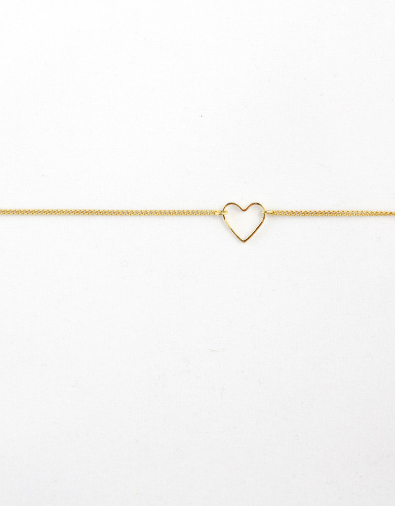 Essyello Open-Heart Bracelet