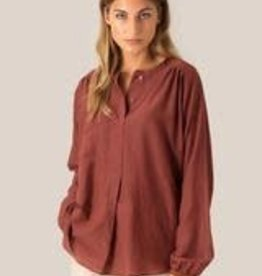 Second Female Auso blouse