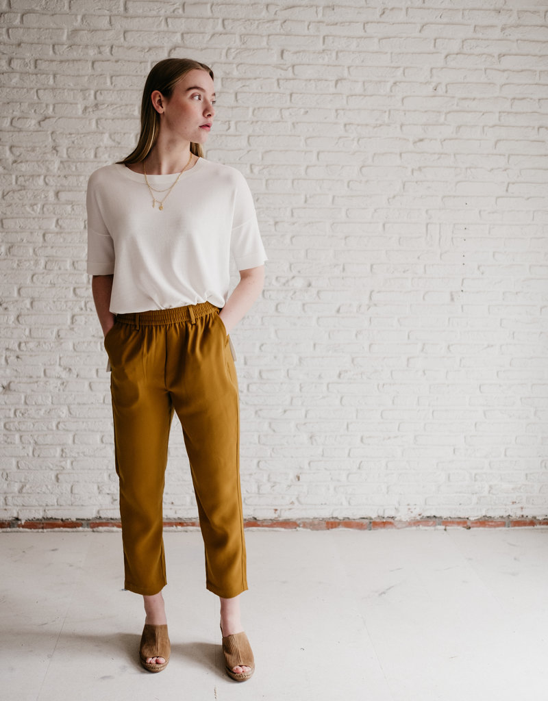 Second Female  Naomi trousers