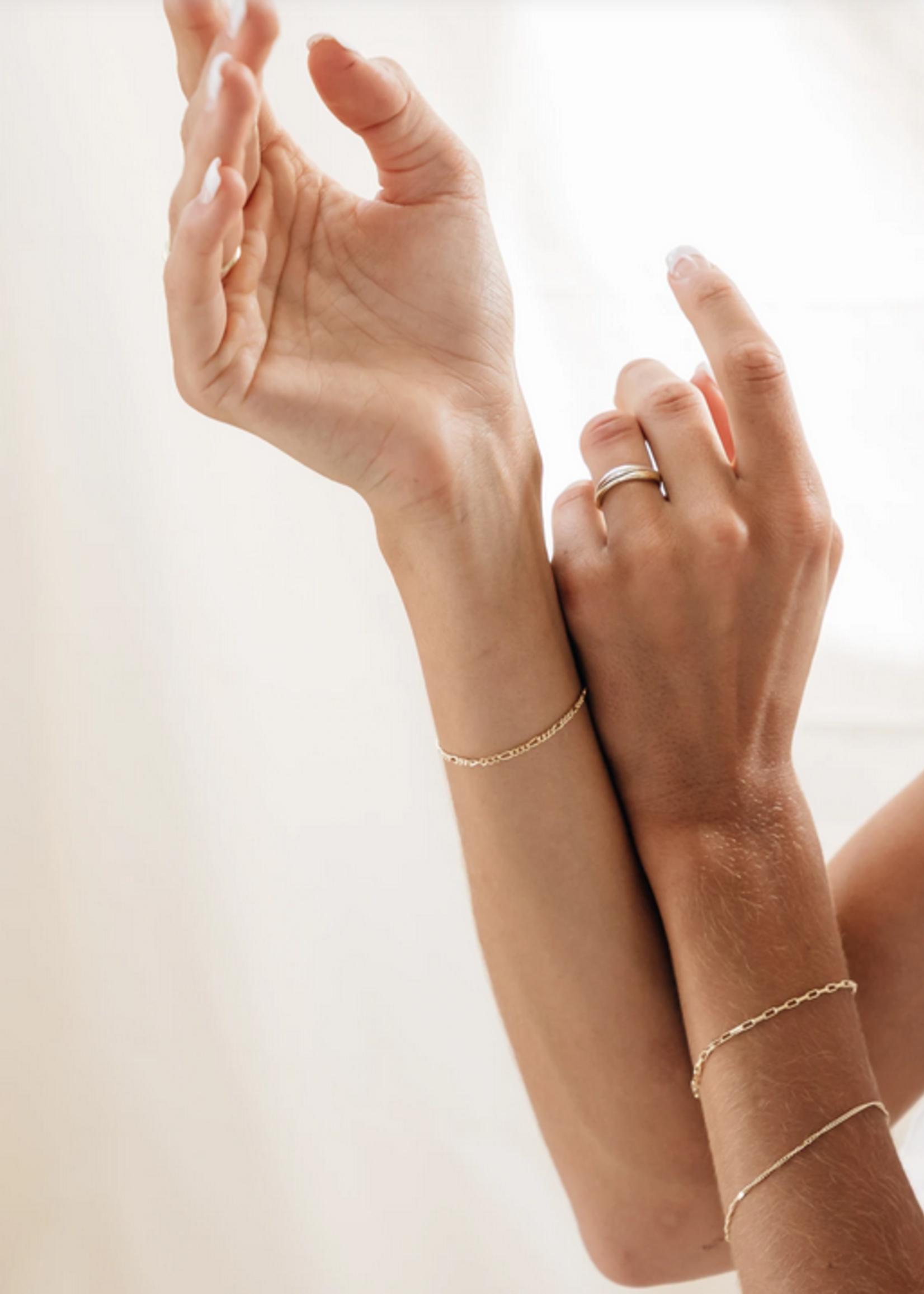 Flawed Zinnia bracelet silver