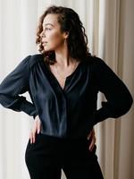 Second Female Sicily shirt black