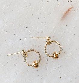 Essyello Earring Twist Circle