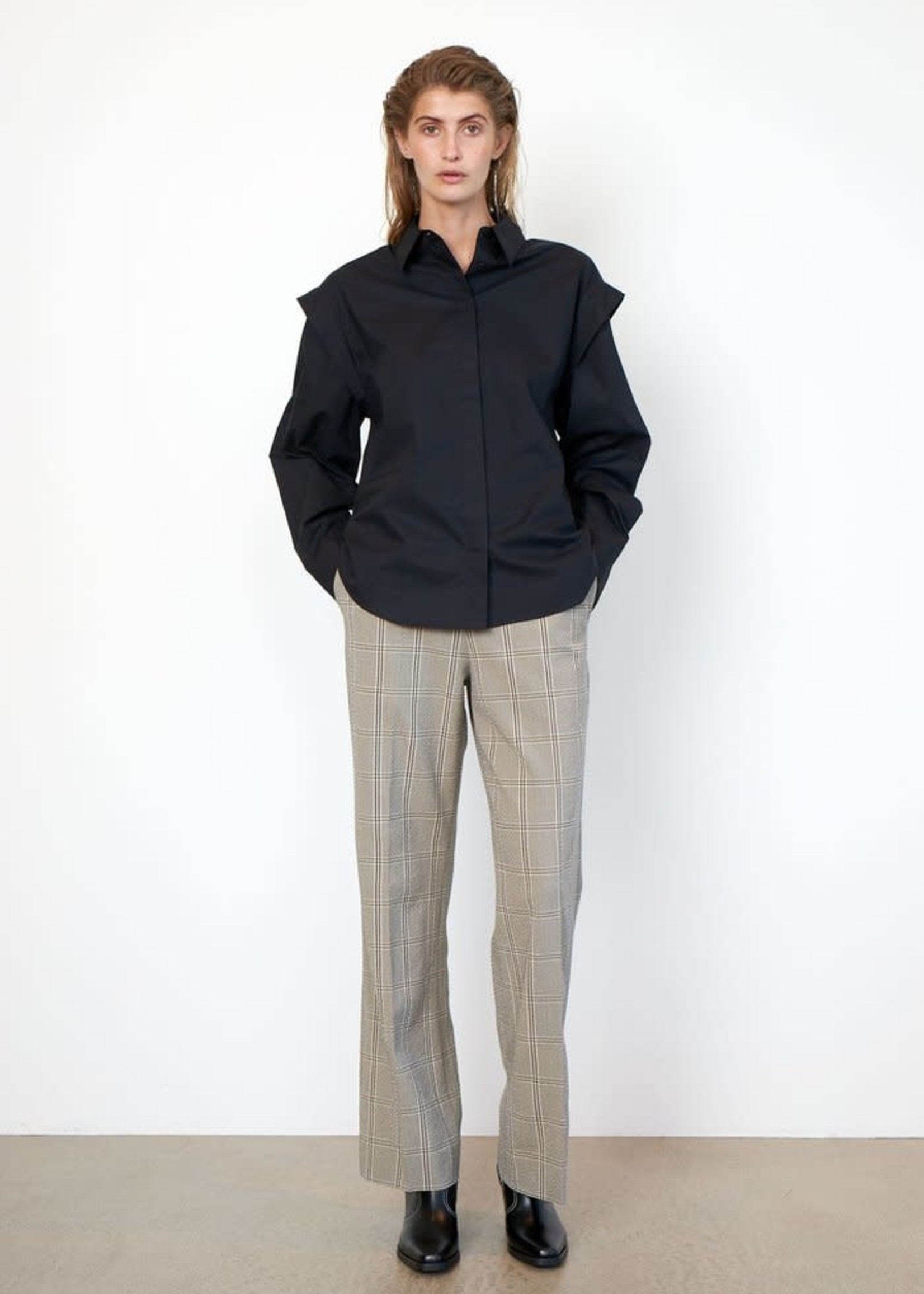 Second Female Felicia Trousers