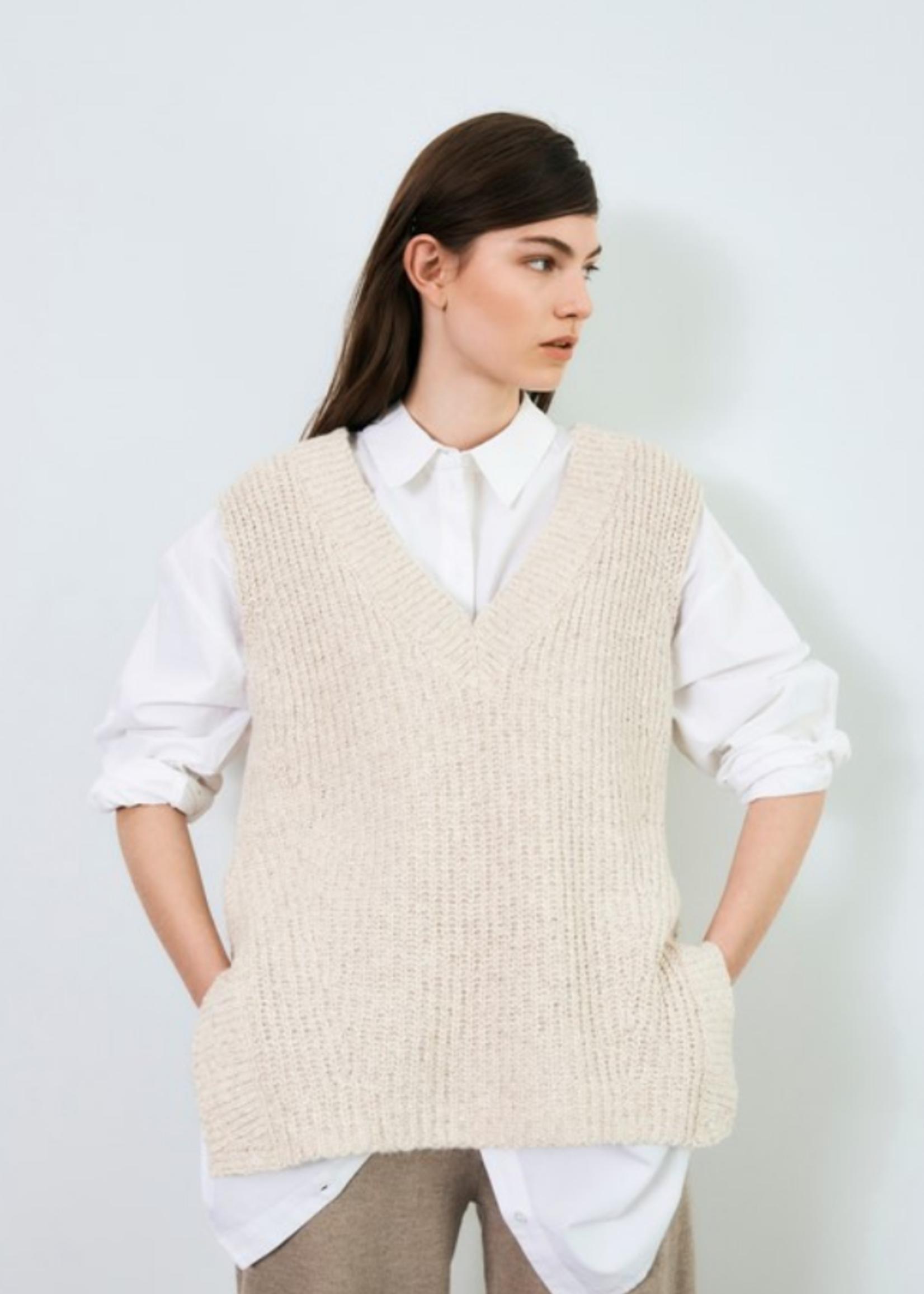 Selected Femme Helena knit vest v-neck