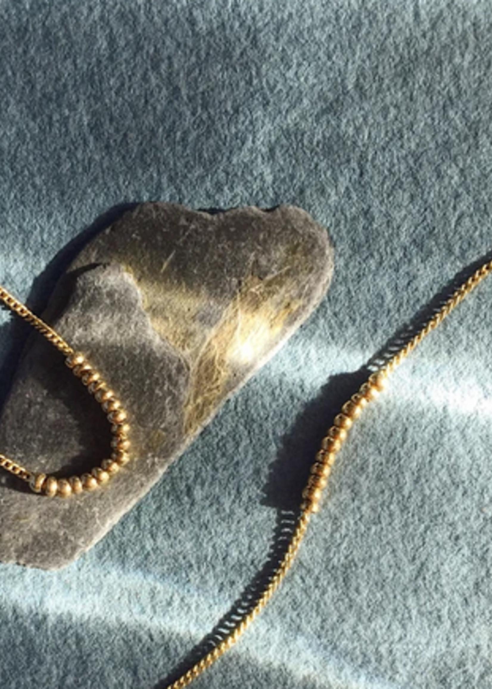 Essyello Golden Beads Bracelet