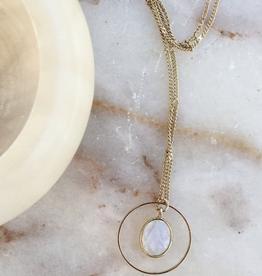 Essyello Necklace White Moonstone Circle