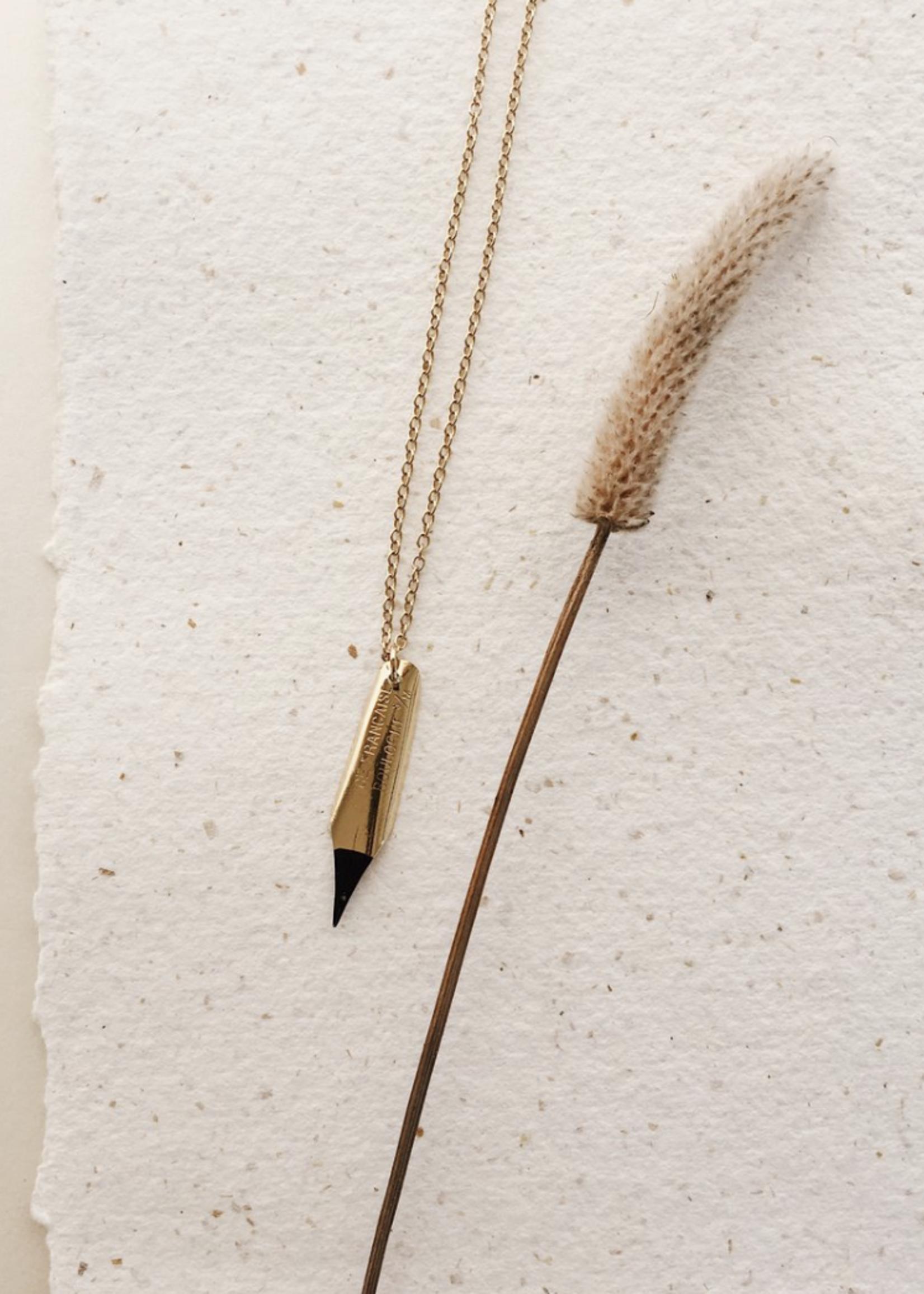 Essyello Necklace Golden Story