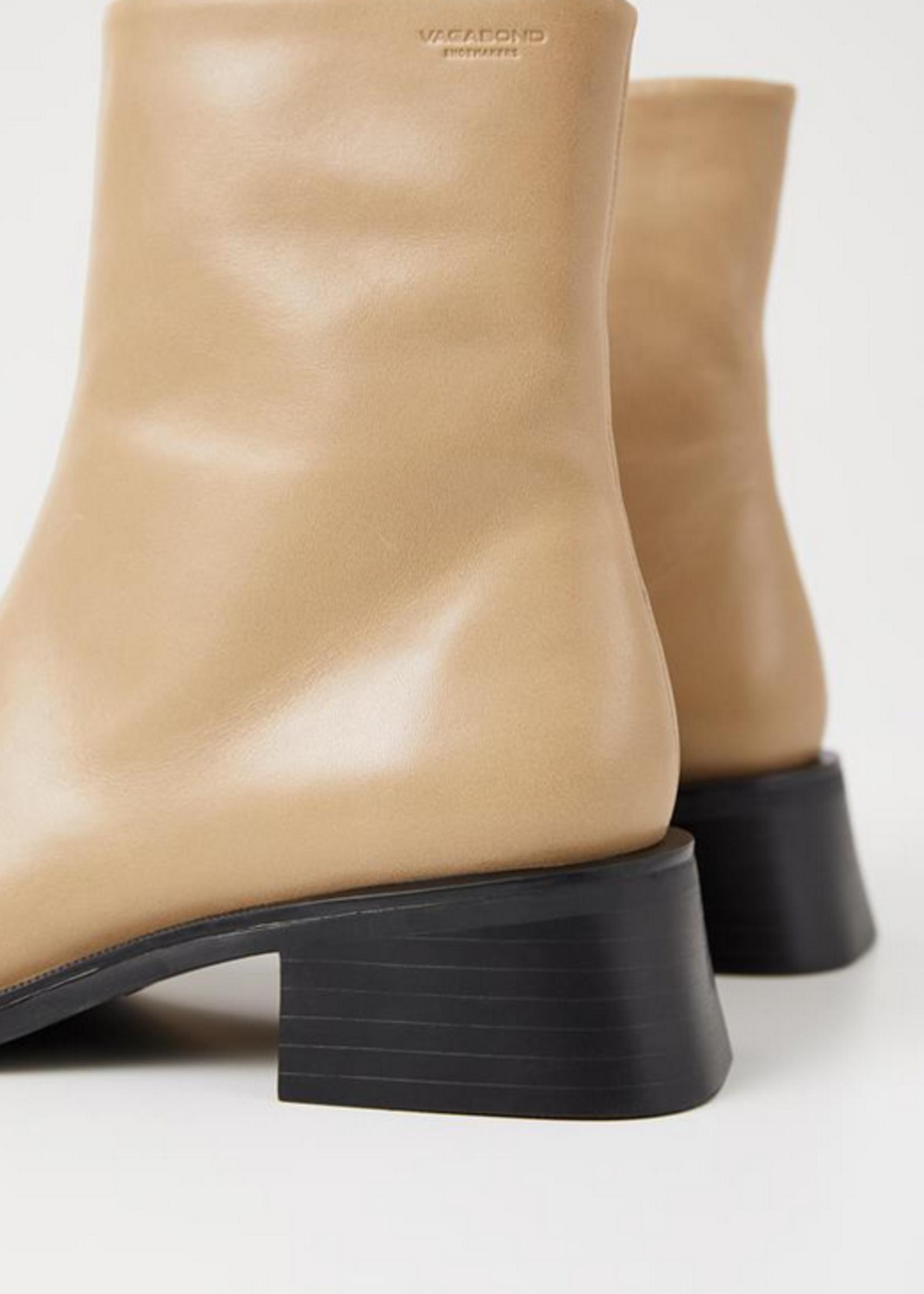 vagabond Blanca boots