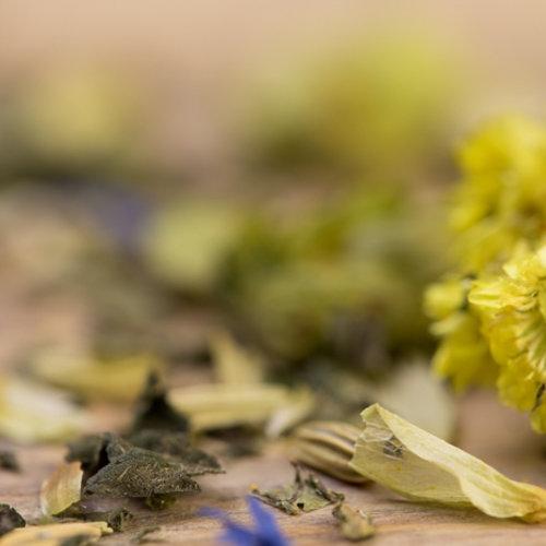 Biologische Kruiden specerijen en bloemen ( tisane)