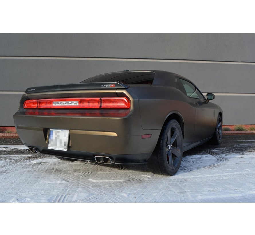 Maxton Design CENTRAL REAR DIFFUSER DODGE CHALLENGER MK3. PHASE-I SRT8 COUPE (without vertical bars)