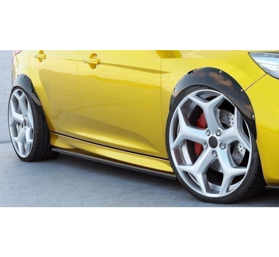 Maxton Design Fenders Extension Ford Focus ST Mk3