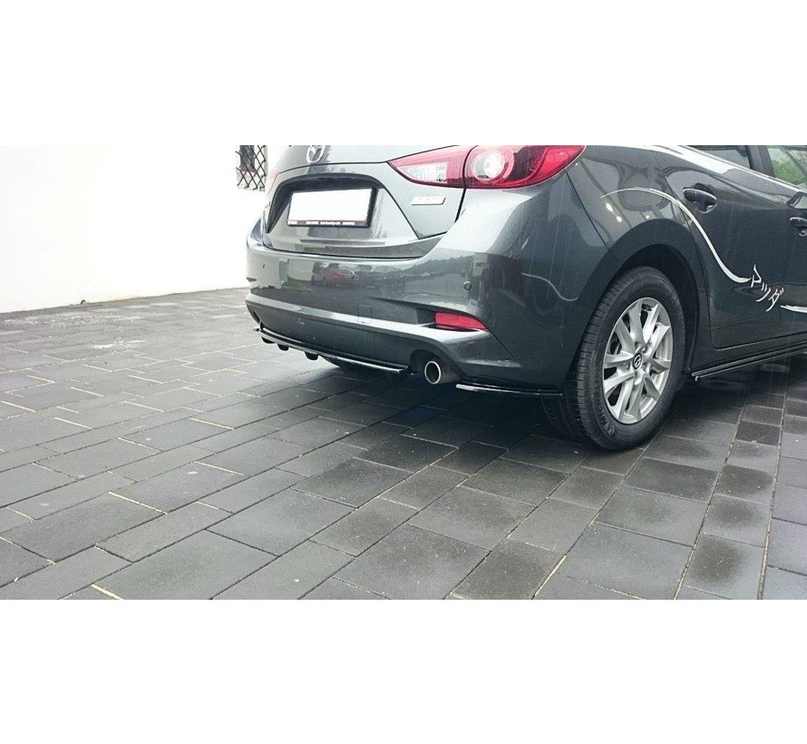 Maxton Design CENTRAL REAR DIFFUSER Mazda 3 BN (Mk3) Facelift (with vertical bars)