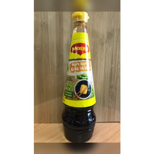 Maggi Light Soy Sauce 700ml