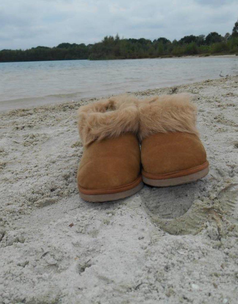 "Wollen sloffen / pantoffels van lamsvacht ""Pinho"""