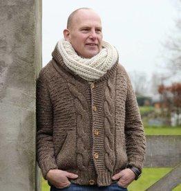 """""""Trofa"""" wollen vest met kabels in bruin."""