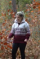 """""""Loures"""" Wollen gebreide trui met klassiek Noors patroon met dubbel gebreide kraag en rits."""