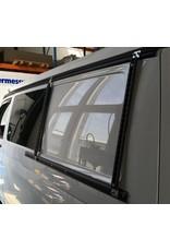 Seitliches Zurrschienen-System für VW California T5/T6, vor der Seitenscheibe hinten links
