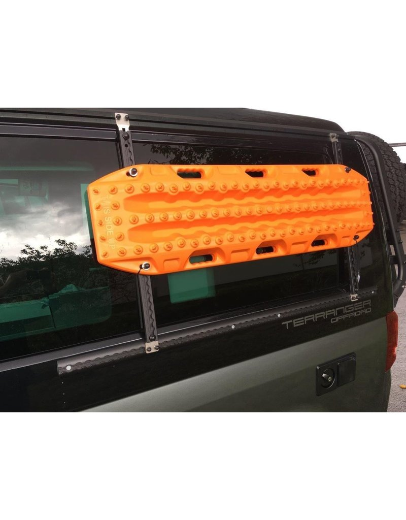 Lateral airline rail lashing system for VW California T5 / T6, left side in front of the rear left window