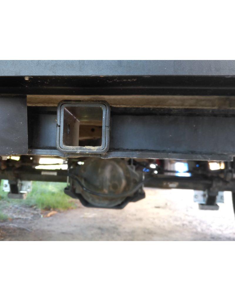 Original square US receiver hitch for Sprinter 906