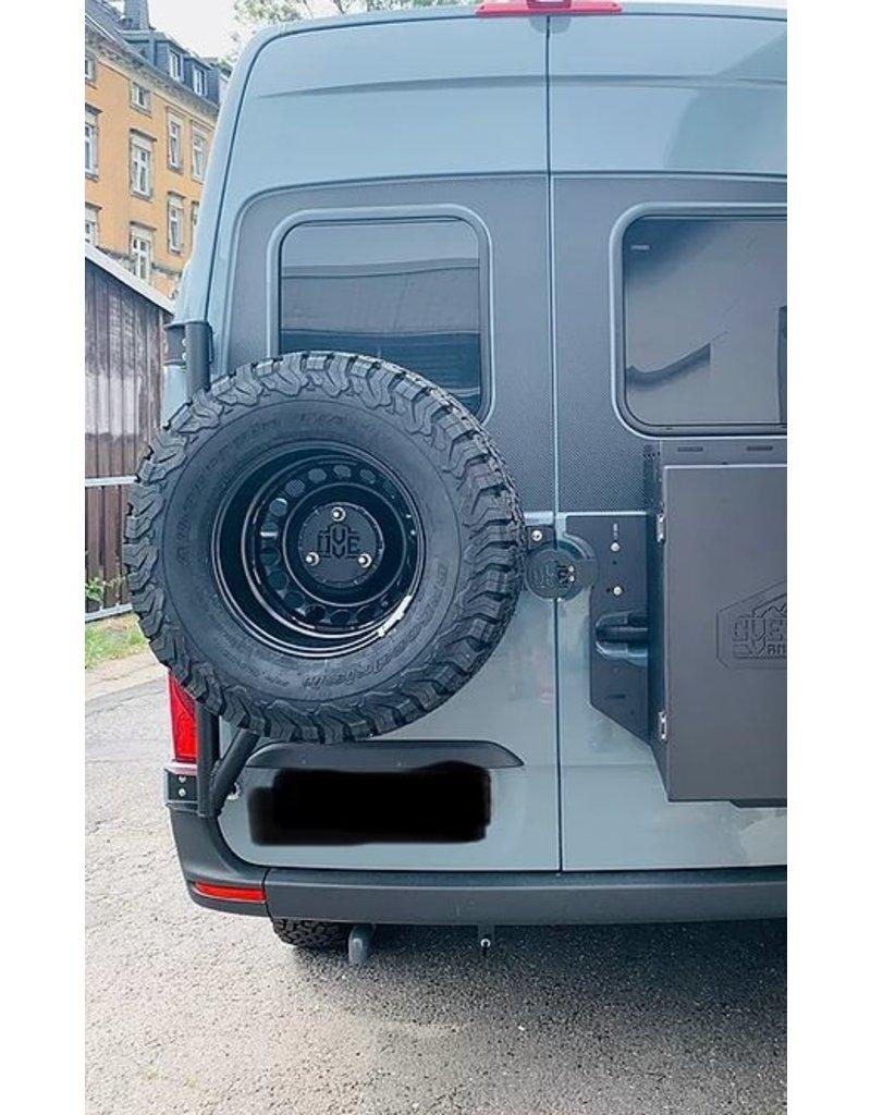 MAN TGE/VW Crafter II (2017+) - Ersatzradhaltemodul für die Hecktür links (180° Tür