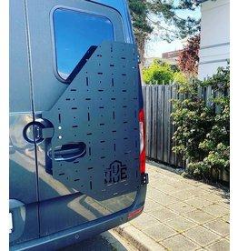 Sprinter 907 - OVE Backpacker - universal carrier system on right back door (180°door)