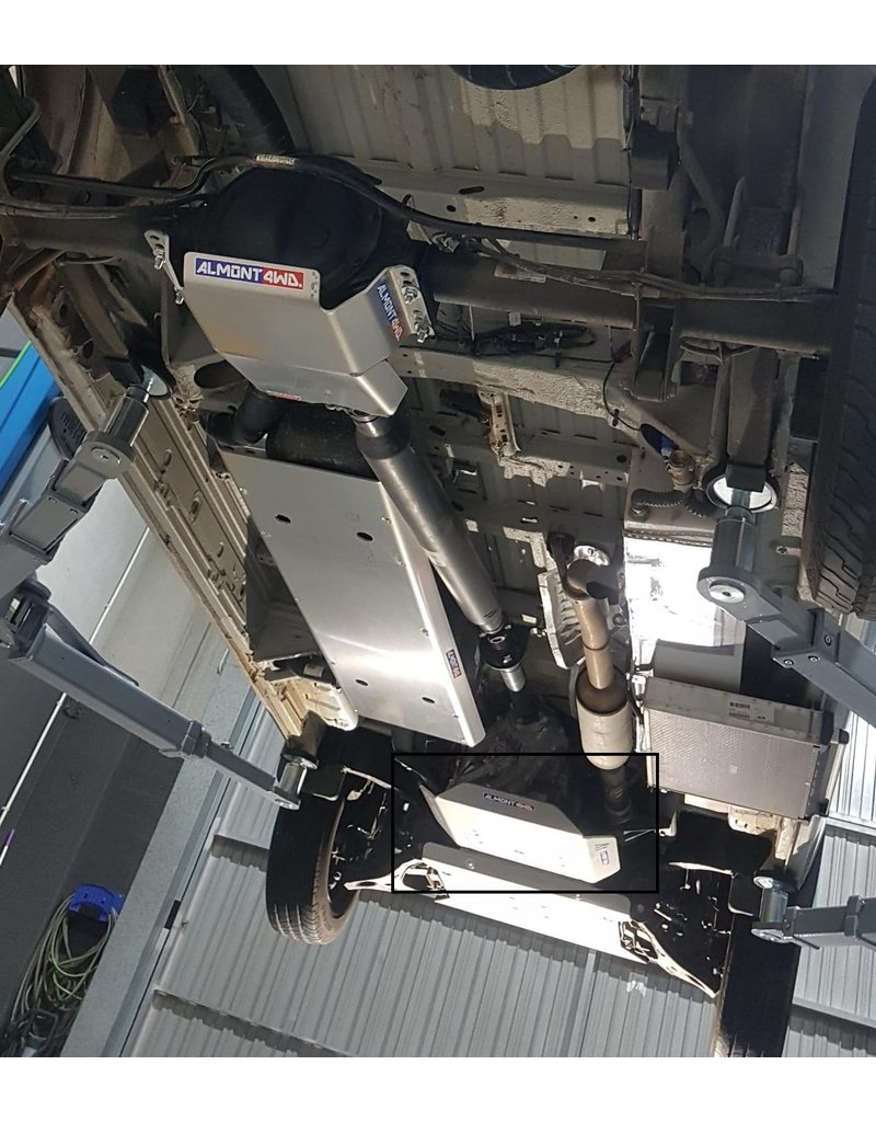 Mercedes Sprinter 906 4x4 -protection/ skid plate for transmissiona and transfer case - aluminum 8 mm