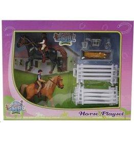 Kids Globe Kids Globe 640072 - Speelset: 2 paarden met ruiters en accessoires 1:24 (geschikt voor SCHLEICH)