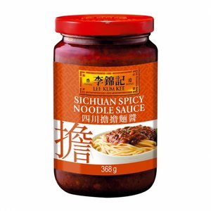 Lee Kum Kee Sichuan Spicy Noodle Sauce, 368g