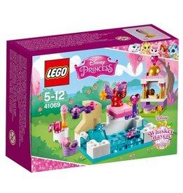 LEGO LEGO Disney Princess 41069 - Treasure's dag bij het zwembad