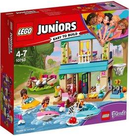 LEGO LEGO Juniors 10763 - Stephanie's Huisje aan het Meer