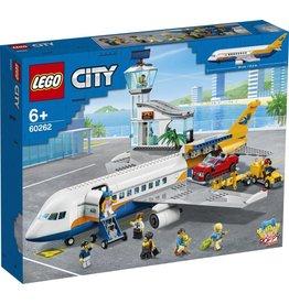LEGO LEGO City 60262 - Passagiersvliegtuig